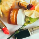 Gdzie zaopatrzyć się w kosmetyki do swojego sklepu?