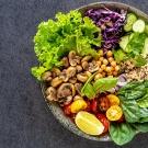 Zdrowe zmiany w codziennym odżywianiu. Jakie wprowadzisz szybko?